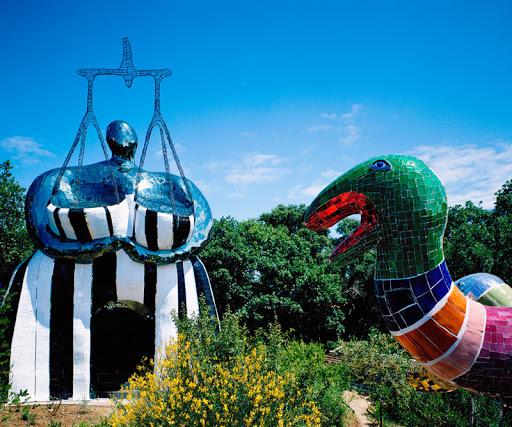 Jardin des tarots couples célèbres de l'art contemporain